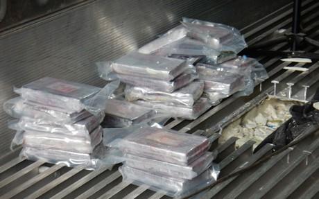 Duinkerke: 500 kilo coke gevonden in Surinaamse bananencontainer