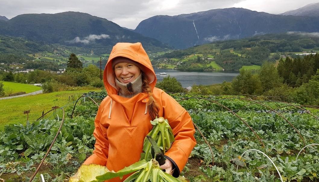 Katinka Kilian is eigenaar van een CSA landbouwbedrijf. Ze vindt het sociale deel van ecologische groenteteelt en kleinschalige productie belangrijk. (Foto: Anna Birgitte Milford)