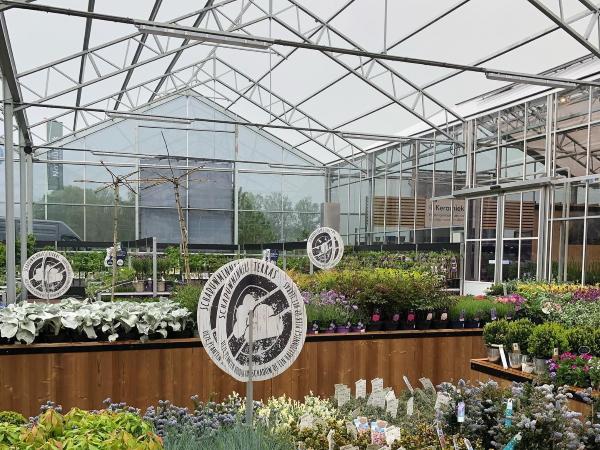 Dutch Greenhouse Builder Delivers Garden Center Project