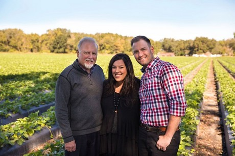 Berry grower teams up with food bank