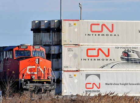 CN announces separate agreements with Evergreen and COSCO