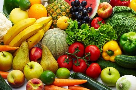 L'aumento del consumo di frutta e verdura aiuta i giovani a dormire meglio