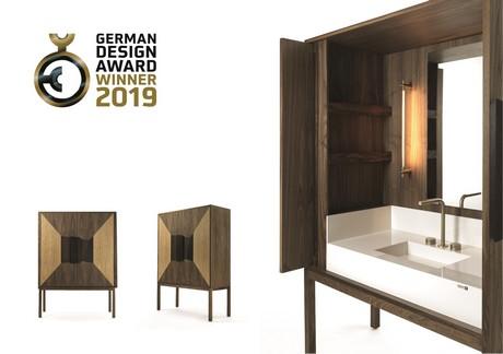 Badkamer Design Award : Vrijstaande afgesloten wastafel voor in badkamer wint german