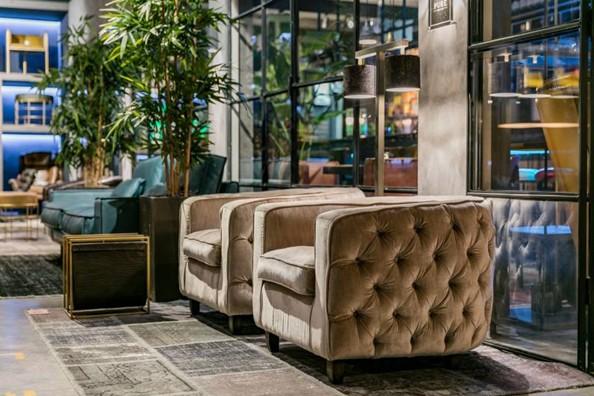 Ook Pure Furniture Vertegenwoordigd In Rai Amsterdam
